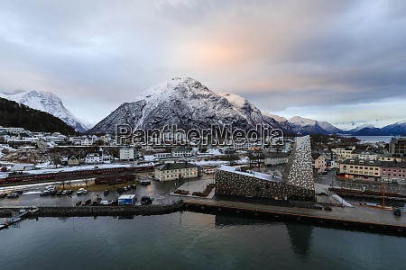 andalsnes town rauma railway mountain snow